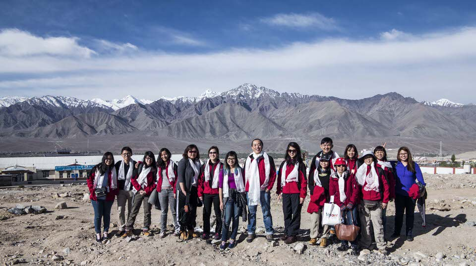 Dr Quek Swee Chong and his 2015 Women's Health Care team arrive in Ladakh